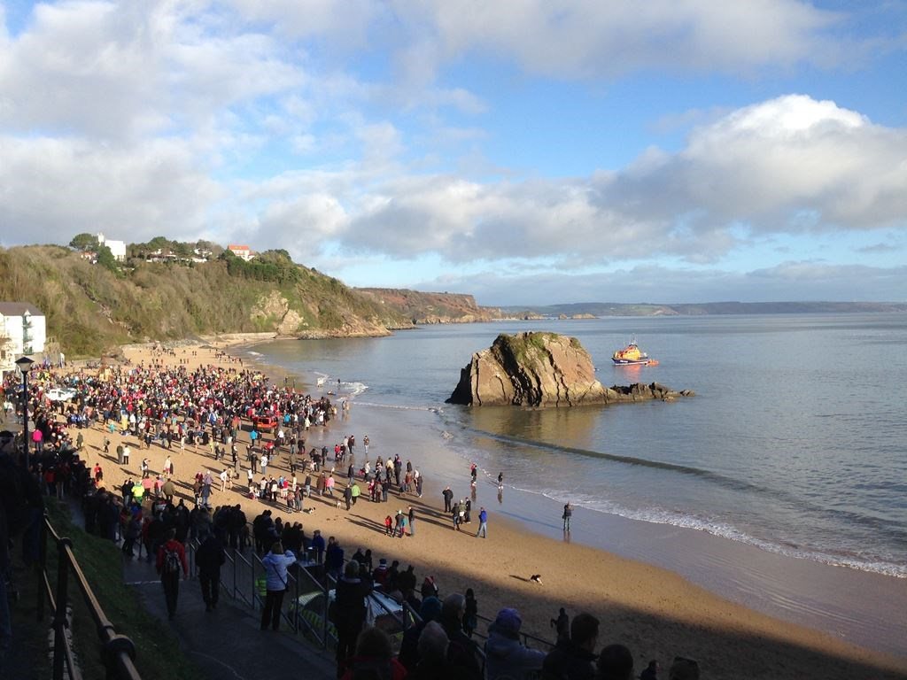 Take A New Years Holiday for the Tenby Boxing Day Swim