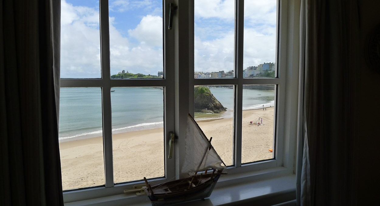 1 Sunny Cove Cottage in Tenby